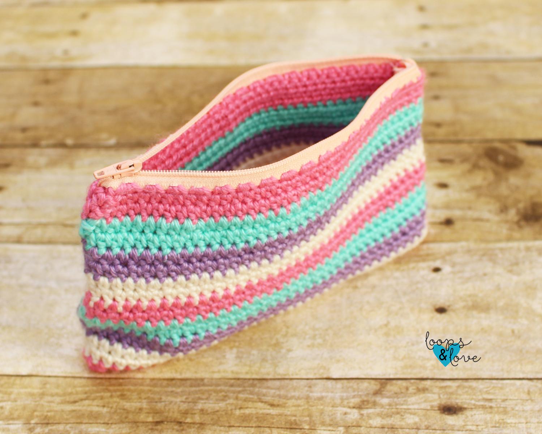 Crochet Zipper Pouch