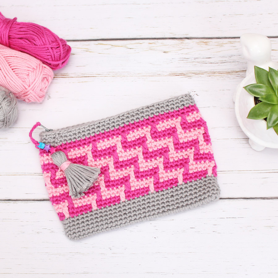 Mosaic Crochet bag with tassel and yarn